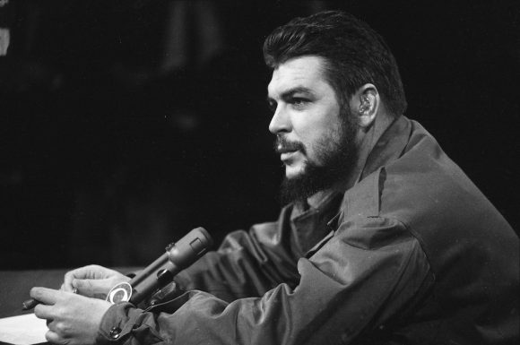 che-guevara-face-to-nation-2-580x385