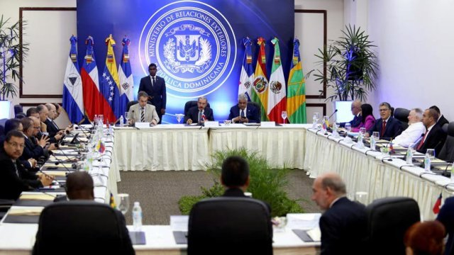 mesa_dialogo_republica_dominicana_12_enero2018