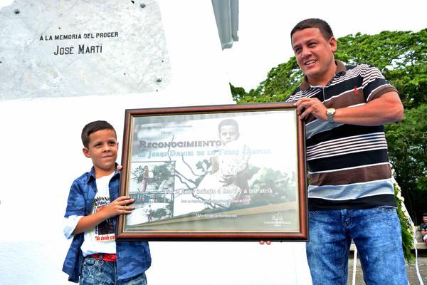 Niño Jorge Daniel Sampier, en Dos Ríos
