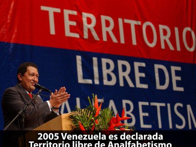 venezuela-pac3ads-libre-de-analfabetismo-1320x990