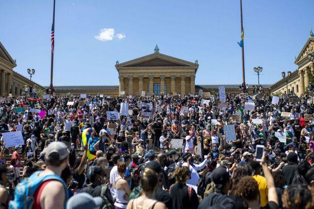 EEUU-protestas-ddhh-floyd[1]